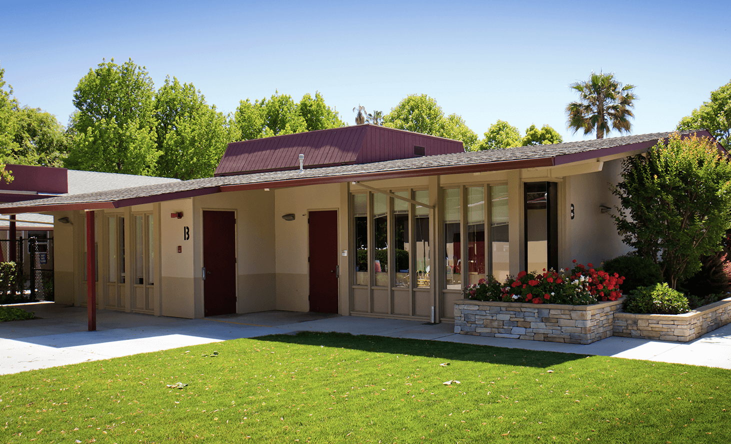 Campus Exterior | Challenger School - Middlefield | Private School In Palo Alto, California