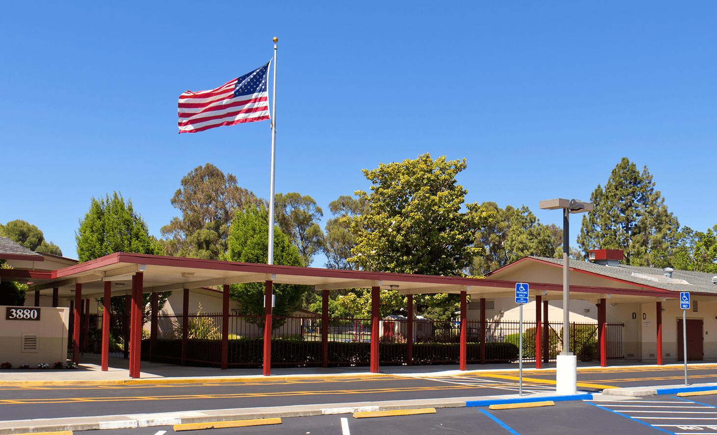Campus | Challenger School - Middlefield | Private School In Palo Alto, California
